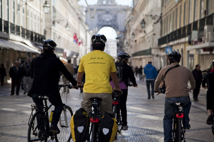 Cycling down town Lisbon with Cycling Rentals