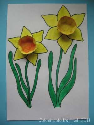 http://www.jeknutseleikwijt.nl/knutselen/voorjaarsknutsel%20narcis.html