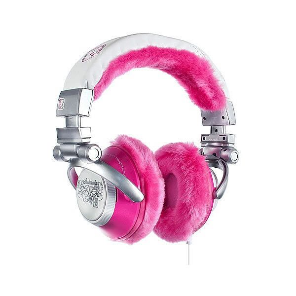 Skullcandy TI Chick Pink Fluffy Fur Headphones ❤ liked on Polyvore featuring electronics, accessories, headphones, music and acessorio