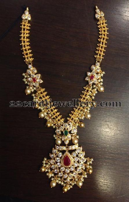 Jewellery Designs: 50 Grams Kundan Necklace