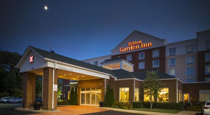 Hilton Garden Inn Hampton Coliseum Central Hampton Providing on-site dining options along with in-room microwaves and mini-refrigerators, this Hampton, Virginia hotel is situated close to major corporate offices and local attractions, including Buckroe Beach.