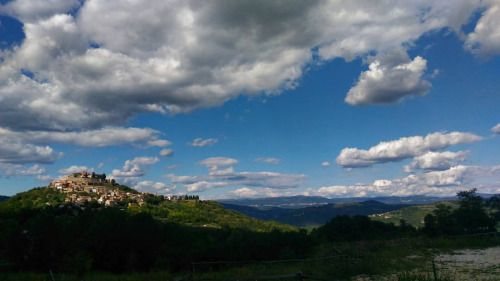 In the middle of nowhere, Croazia #holydays #croatia #village #hills #cloudy #panorama ©Annalisa Turolla