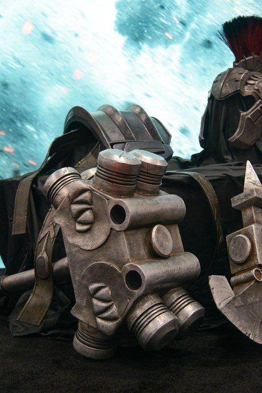 Hulk Armor Revealed For Thor: Ragnarok At SDCC