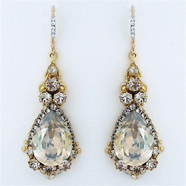 378 best Wedding Earrings images on Pinterest | Wedding earrings ...
