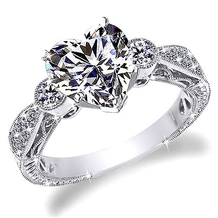 1 CT D-E HEART SHAPE ANTIQUE STYLE ENGRAVE DIAMOND ENGAGEMENT RING
