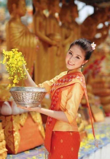 beautiful lao girls toppless