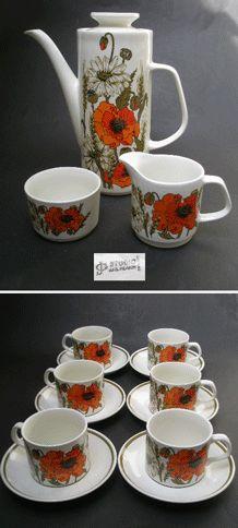 J & G MEAKIN COFFEE SET IN POPPY DESIGN BY EVE MIDWINTER 1973