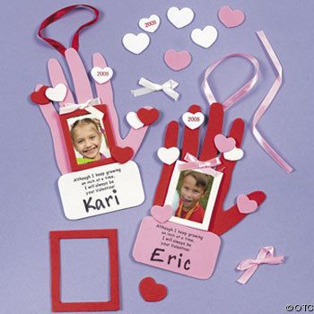handprint-valentine-craft-kit-for-kids-21253596.jpg350 x 350 | 32 KB | www.partyideasparade.com