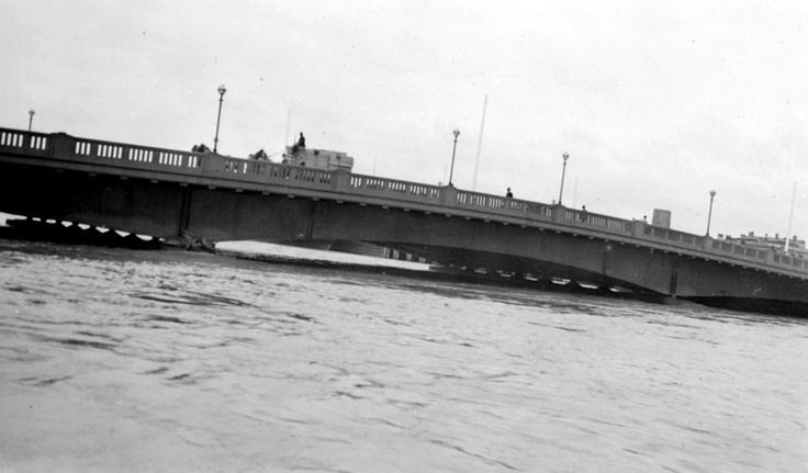 1934 Yarra River, flood waters. VicRoads Centenary 1913-2013. www.vicroads.vic.gov.au/centenary