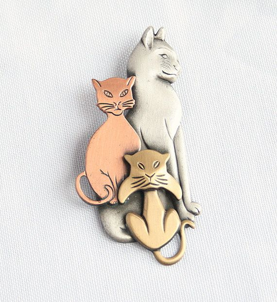 Lovely Vintage Cats Figural Brooch Pin 3 Cats Pewter Copper Brass Big Beautiful