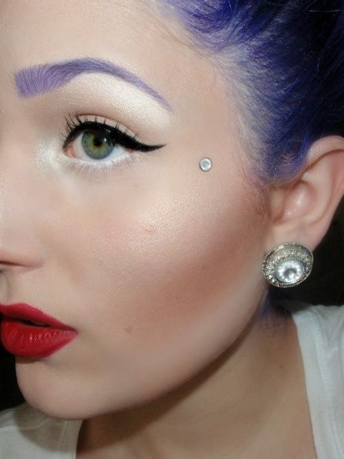 This would be cute without the purple eyebrow.