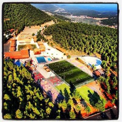 Θέλετε να συνδυάσετε την κατάρτιση, την πρακτική άσκηση με παιδιά και τις καλοκαιρινές διακοπές; Το Πανεπιστήμιο Αιγαίου ( Προγράμματα Ψυχικής και Κοινοτικής Υγείας) στο Ράντσο Κορινθίας Λεπτομέρειες: http://goo.gl/T8nJ8w