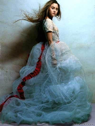 Devon Aoki - Patrick Demarchelier    This one more for the hair and lighting