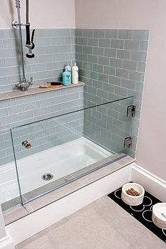 doggie shower - this in a mud room/laundry room - different color tile (the dog ones from White Dog for example) but I like the idea of having one ... though I probably won't have another dog ...