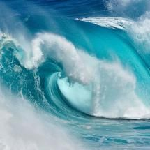 http://pixdaus.com/when-the-ocean-turns-into-blue-fire-by-daniel-montero-waves/items/view/293101/