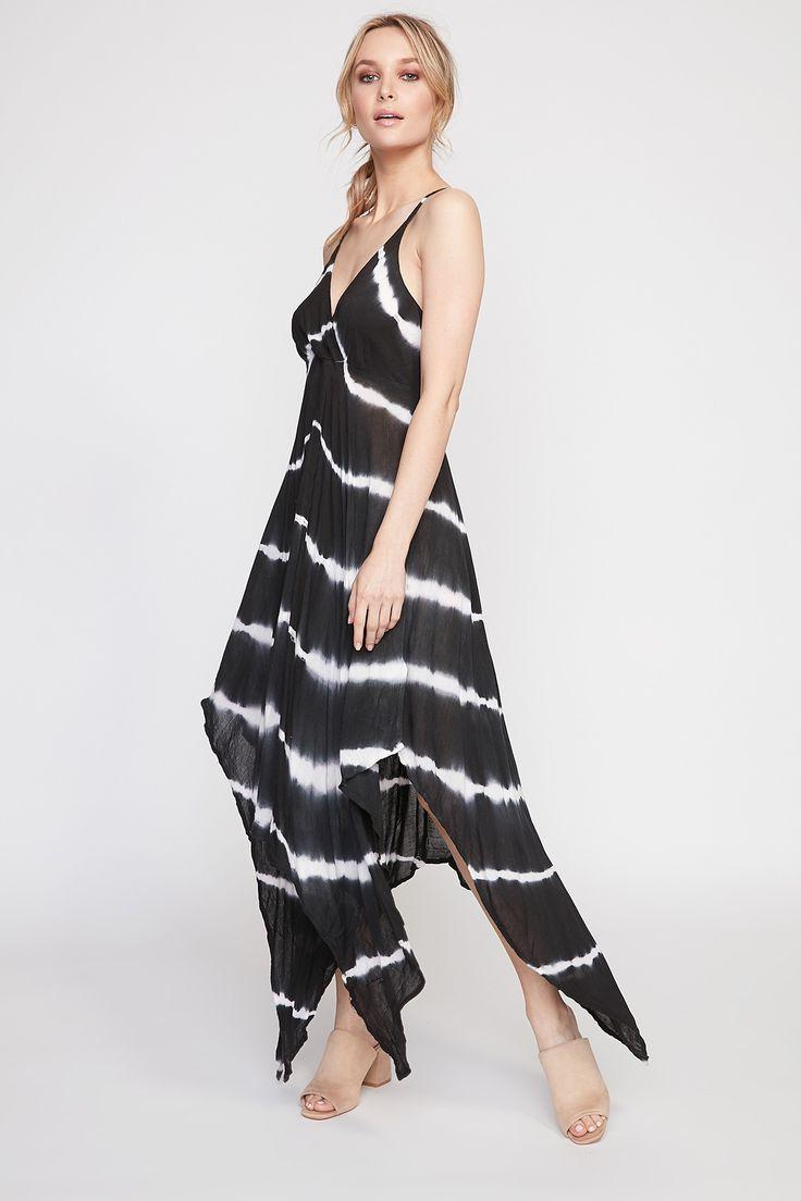 Black dress urban planet - Robe Vas E En Rayonne De Urban Planet Galement Disponible En Bleu Et En Rose
