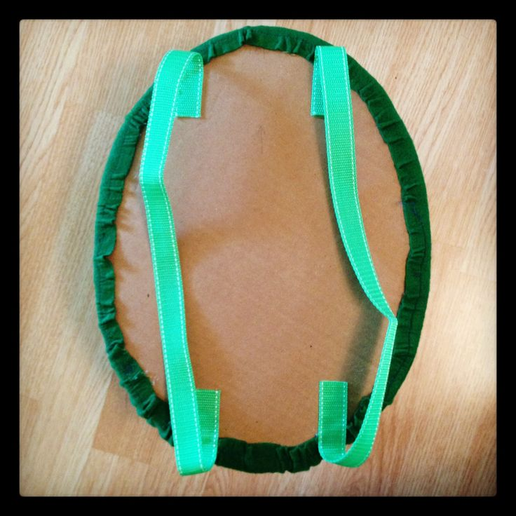 home made kids turtle costume | Then I glued the original green felt oval over the cardboard. I had to ...