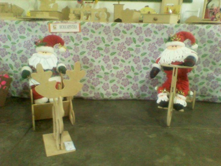 A la venta muñecos, patrones y piezas de madera