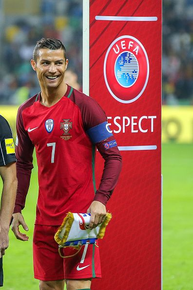portugals-forward-cristiano-ronaldo-during-the-2018-fifa-world-cup-picture-id613292964 (396×594)