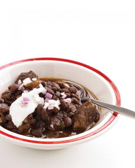 Slow-Cooker Beef and Black-Bean Chili Recipe: Slowcook Beef, Chilis Recipes, Crock Pots, Slow Cooking Beef, Red Onions, Black Bean Chili, Martha Stewart, Slow Cooker Beef, Black Beans Chilis