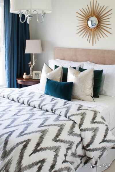 Decorating a Guest Bedroom for guests @Justa Girl