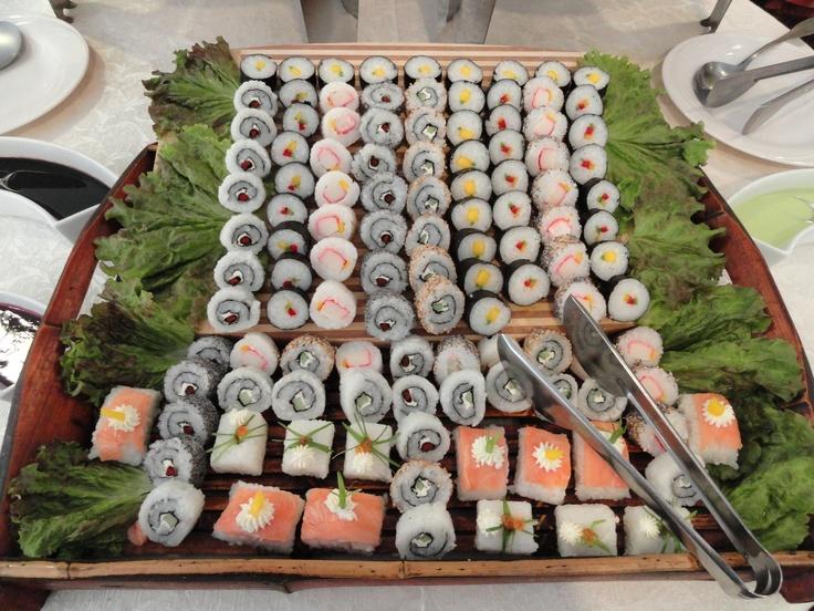 Bandeja de sushi - Domingo de Grill - Hotel Villa Morra Suites