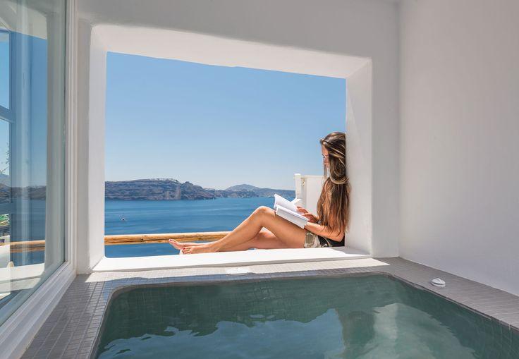 Santorini Accommodation | Caldera Villas | Santorini Apartments | Santorini Studios with view