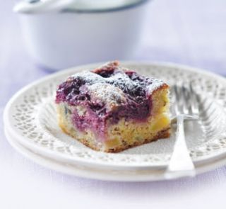 Apple and boysenberry gluten-free bake | Healthy Food Guide
