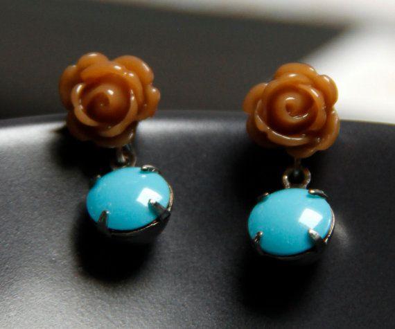 Oorstekers met bruin roosje en blauwe parel