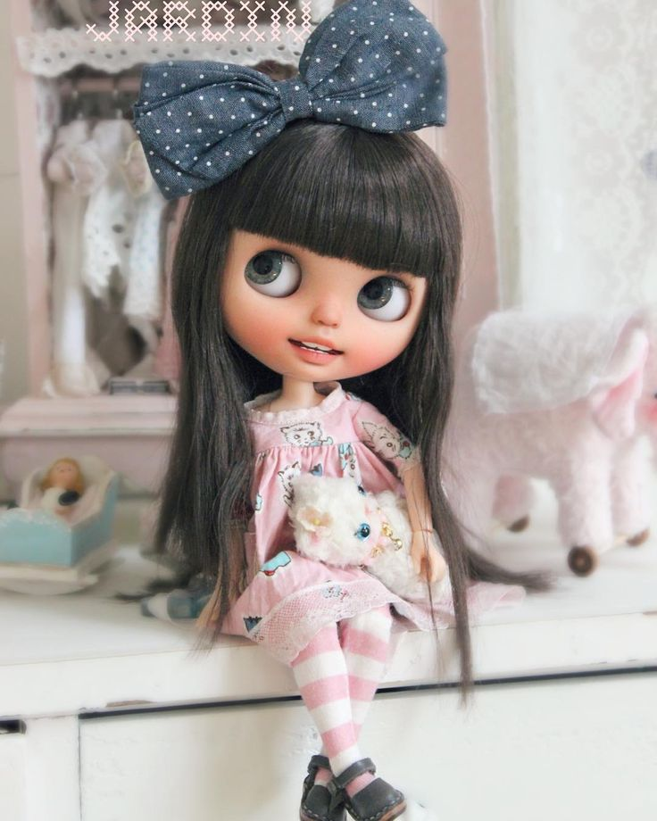 Here is my darling clementine sunshine come to say hello ☺️i can't tell you how much i love this adorable girl. She brings me sunshine everyday. Thank you ever so much my dear @wanwan_doll love and blessings to all❤️❤️❤️❤️❤️