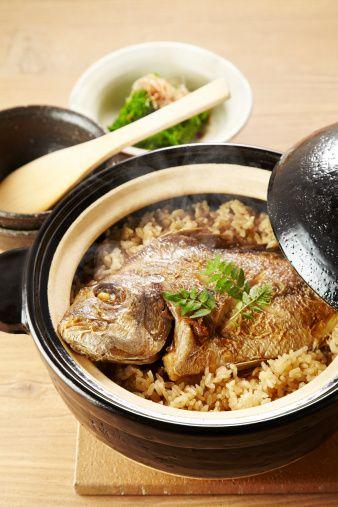 鯛めしは土鍋で作ろう。見た目・おいしさ、全てが格別♪|CAFY [カフィ]
