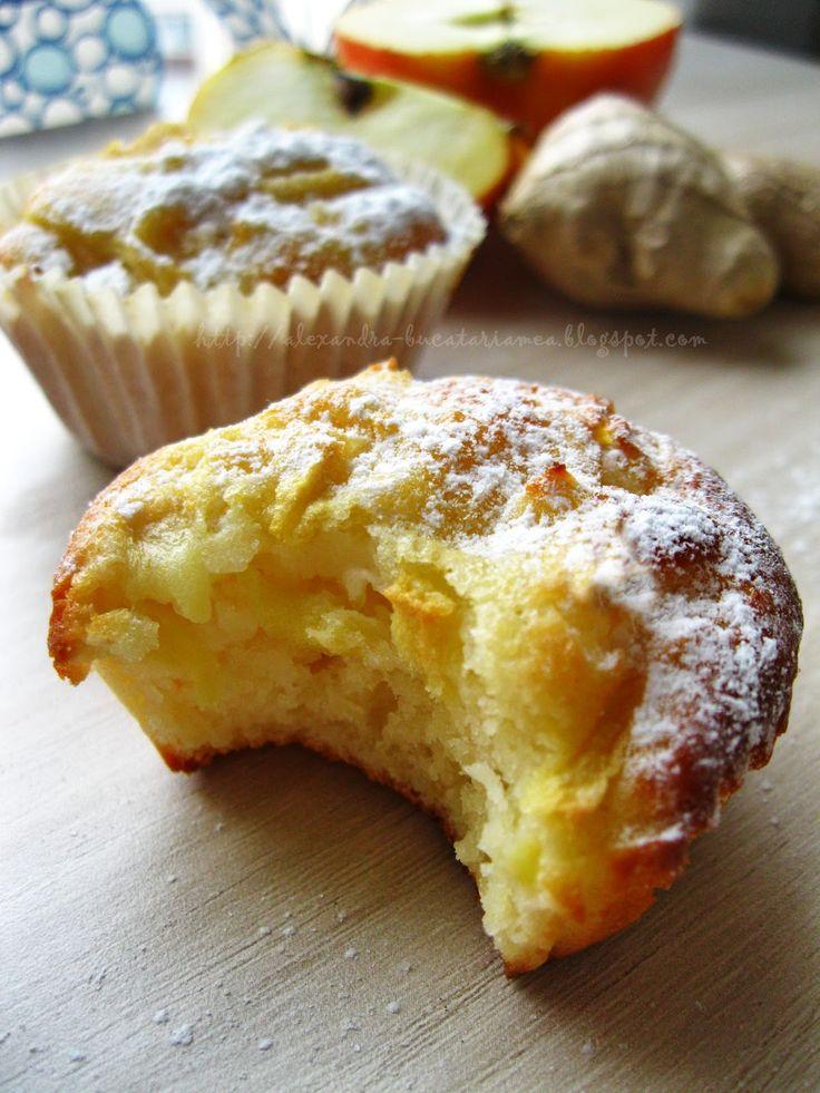 Brioşe cu mere, ghimbir şi iaurt – Yogurt Apple-Ginger Muffins | Bucataria Familiei Mele