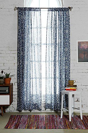 25 best ideas about rideaux marine bleus on pinterest for Chambre urban outfitters