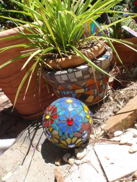 Mosaic pot and ball