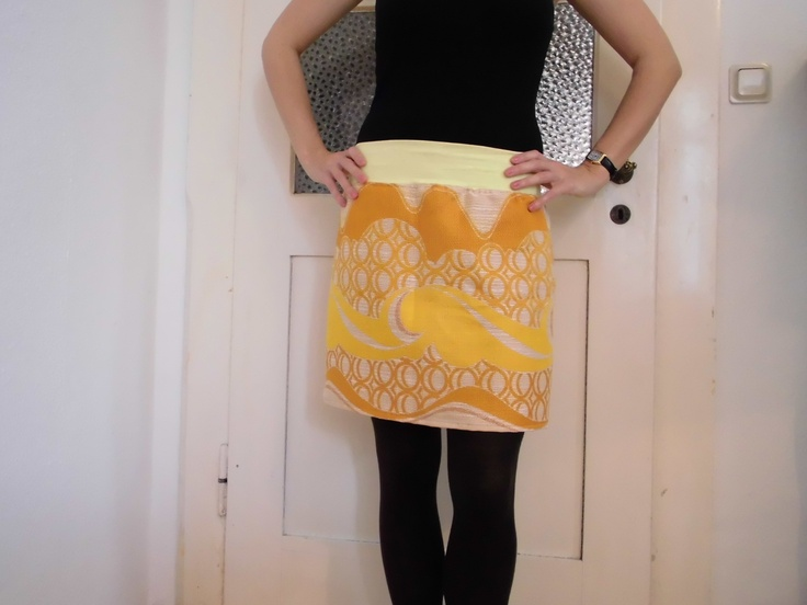 honey skirt sewed from vintage-fabric