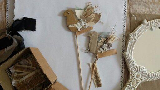 Di pagina in pagina... #Handmade#idee#fattoamano#carta#cartone#recupero#pezziunici#artandcrafts#stoffa#libri#books#creamano#CREAzionifatteaMANO#  www.creamano.blogspot.com