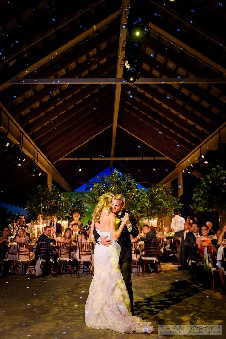 Elegant New York Wedding At Parrish Art Museum Modwedding New York Wedding Mod Wedding Wedding