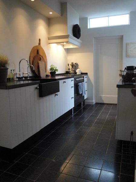 Kitchen Black & White