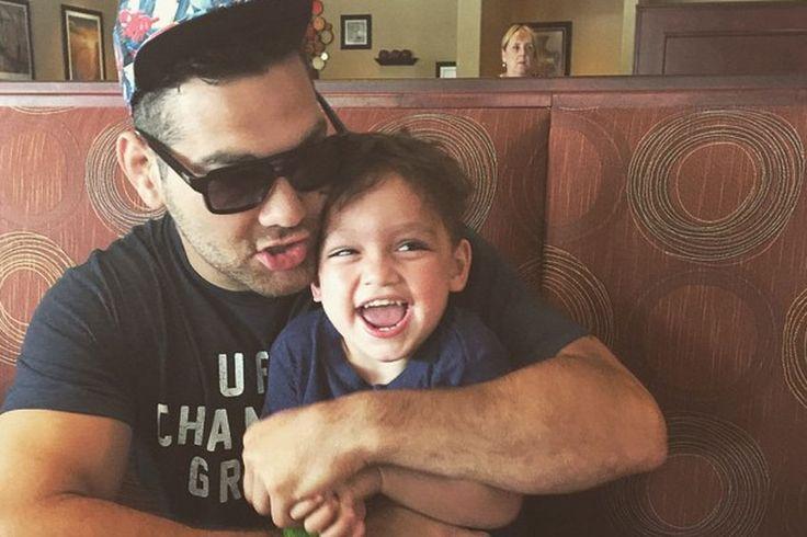 Weidman revela que filho orou por Vitor Belfort.