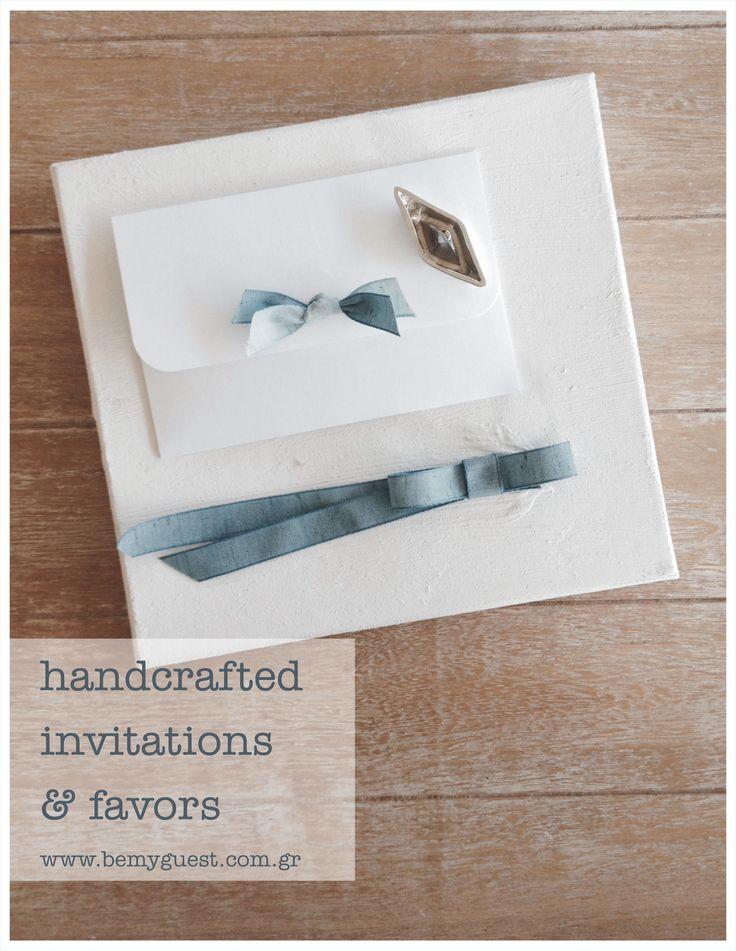 handmade wedding invitation in linen box | white and blue | summer wedding in Sanorini | www.bemyguest.com.gr
