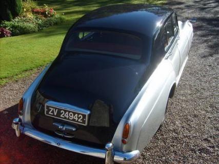 1958 Series 1 Bentley #VCI #vintagecars #classiccars