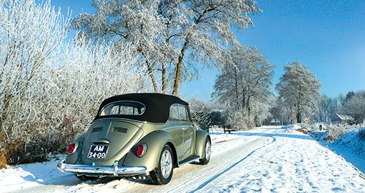 Rob Poels werd winnaar van de fotowedstrijd op 8 januari 2012 met de foto van zijn Karmann Cabriolet in de sneeuw.    Rob Poels was the winner of the photo contest of the 20th Kever Winter Festkin, on January 8, 2012 with the picture of his Karmann Cabriolet in the snow.
