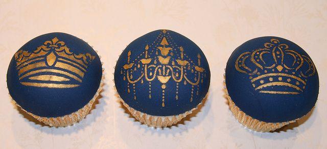433e26beb22c08ef945b89d91e4bd0b4  fancy cupcakes wedding cupcakes - Royal Wedding In Jeopardy