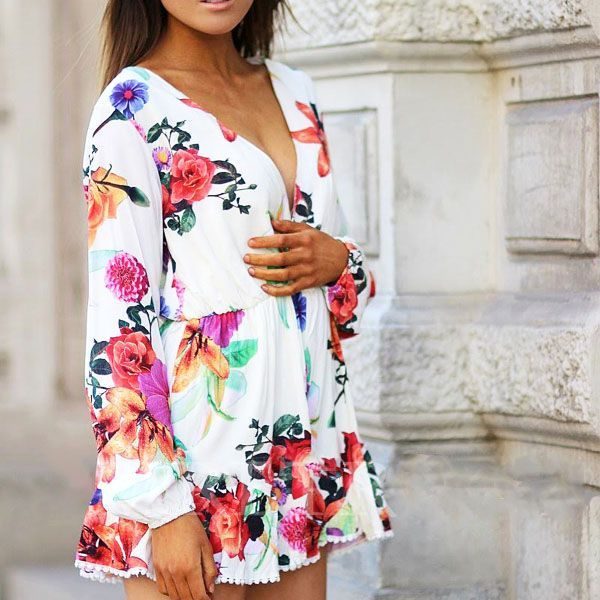 Pixie Floral Romper  Take it out to play - Dance and have fun. Feminine with fresh floral prints and a v-neck, this romper makes a glam outfit companion. We love the soft and breezy feel of it making this a stylish choice.   •  Elasticated waistline  • Fully lined  Material: Poly/Cotton blend  *kindly check our sizing guide below for a fabulous fit. $ 32