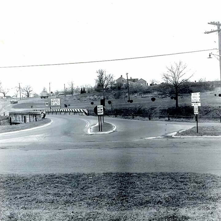 Intersection of Tolland Turnpike and Oakland Street ...