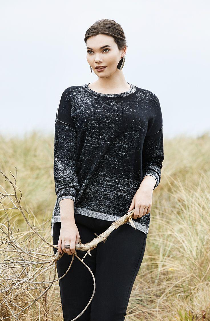 K+K - plus sized clothing for the curvy woman sizes 10-26. Acid Wash Jumper. Grey jumper. Knit jumper. Autumn fashion. Autumn style.