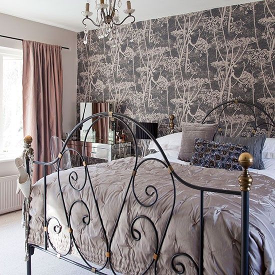 Bedroom with feature wallpaper | Bedroom decorating | housetohome.co.uk cole & son cow parsley wallpaper