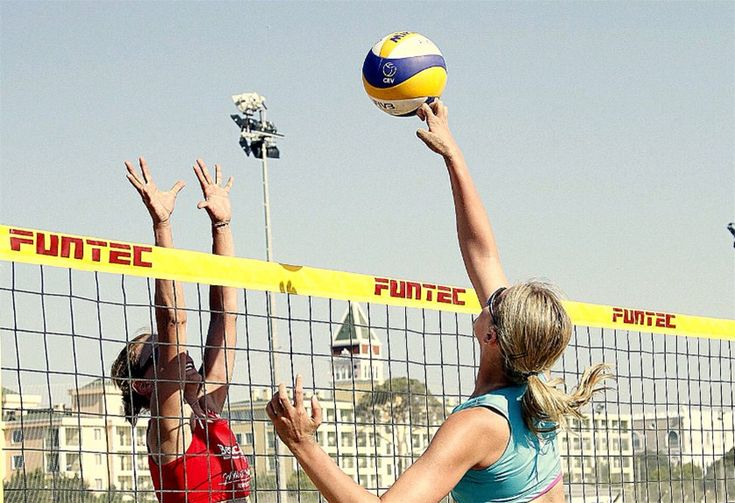2016 Rio Olimpiyat Oyunları Plaj Voleybolu Avrupa Kıtası Elemeleri'nde Bayan Milli Takımımız turnuvayı birinci sırada tamamlayarak 3. tura yükseldi.
