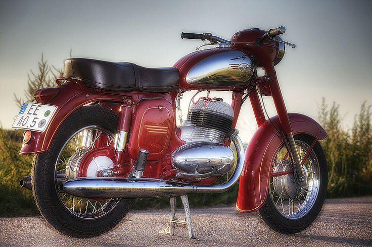 216 besten motorrad bilder auf pinterest mopeds. Black Bedroom Furniture Sets. Home Design Ideas