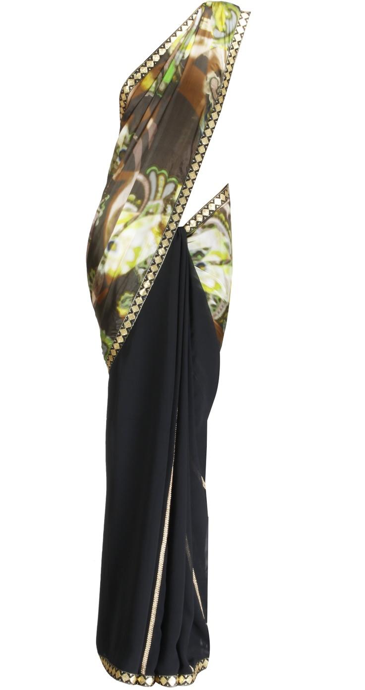 Black digital print sari by OHAILA KHAN. Shop at https://www.perniaspopupshop.com/whats-new/ohaila-khan-4658
